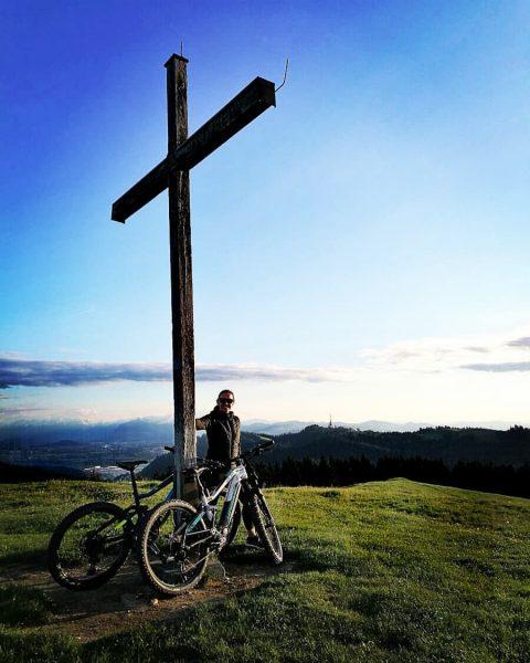 Bald gehen sich die Abendrunden mit dem Bike wieder aus. Hier vom Hirschberg ...