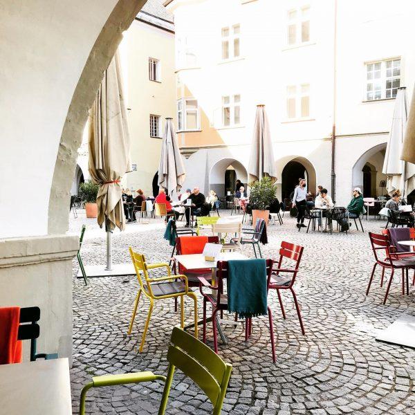 Wie wäre es mit einem herrlich duftenden Kaffee im Herzen Feldkirchs? Nicht nur ...