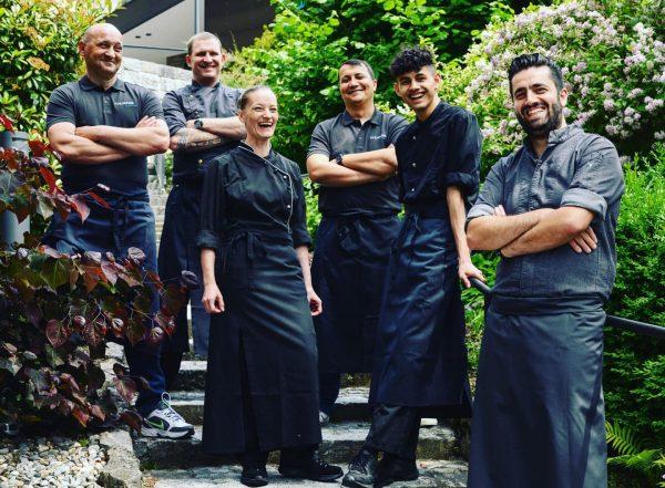 Unser tolles Küchenteam unter der Leitung von Christos Lapis wünscht Ihnen ein schönes Wochenende. Auf Wiedersehen im...