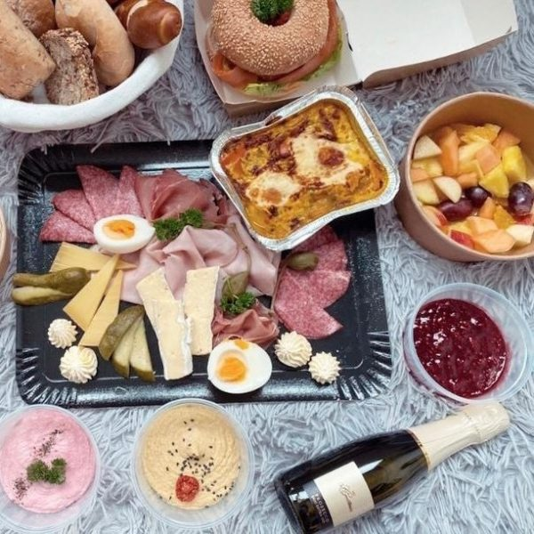 Am Sonntag ist es wieder soweit: Wir zaubern die feinsten Frühstücksklassiker zu dir ...