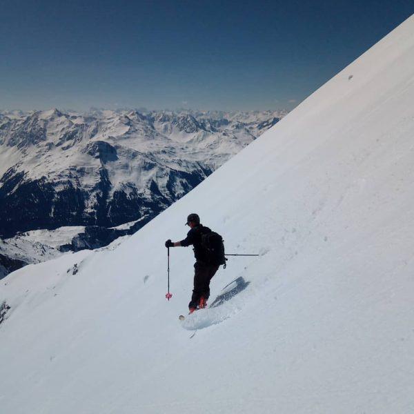 Mehlsack & Spuller Schafberg #firntour #firn #springskiing #arlberg #lechquellengebirge #zugbeilech #sunnyday #mehlsack #spullerschafberg Lech, Vorarlberg, Austria