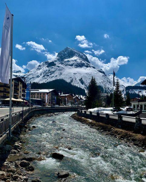 So früh wie nie zuvor startet Lech am Arlberg am 2. Juni 2021 in die Sommersaison. Nach...