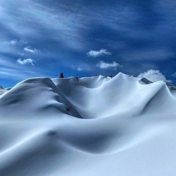 Another day in paradise! Gipslöcher, Meeresboden aus der Triaszeit! #lech #gipslöcherlech #naturelovers #skiarlberg ...