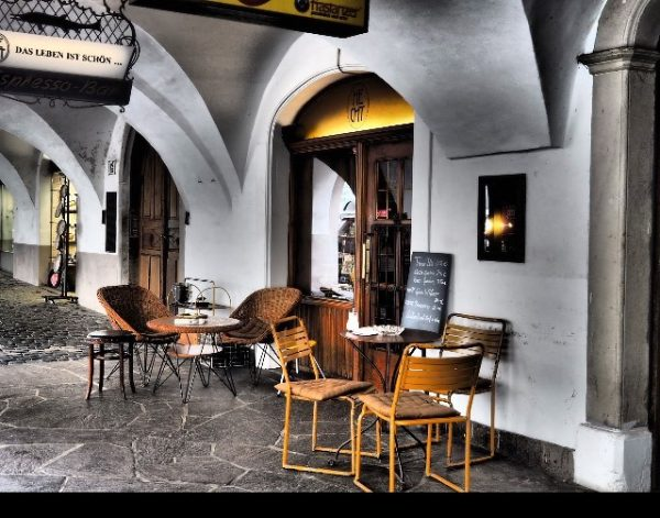 #stadt_feldkirch #originalstühle1951 70 Jahre #cafehechtfeldkirch #cafehechtfeldkirchgarten Cafe Hecht Feldkirch