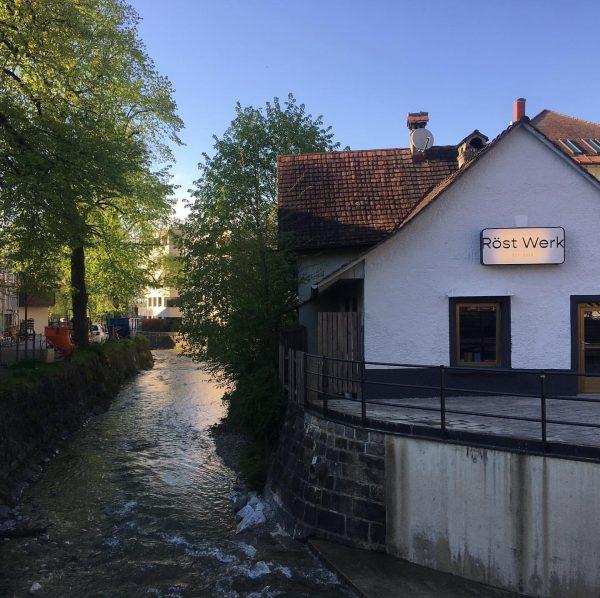 Neu in Hohenems: eine Kaffeerösterei am Schlossplatz #hohenems #roestwerk