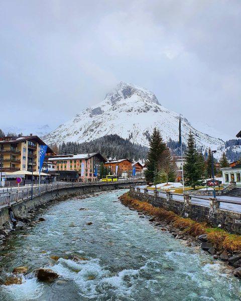 OMESHORN - 2.557m 😍 . . #mountains #bergliebe #mountainlove #youbetterbin #youbetterbehere #inistwerdrinist #secretescapes #lechweg #nature #natureisbeautiful #alpen...