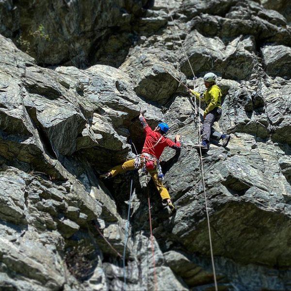 Zuletzt durfte ich gemeinsam mit @christophkuengbergfuehrer im Auftrag des Vorarlberger Bergführerverbands wieder junge ...