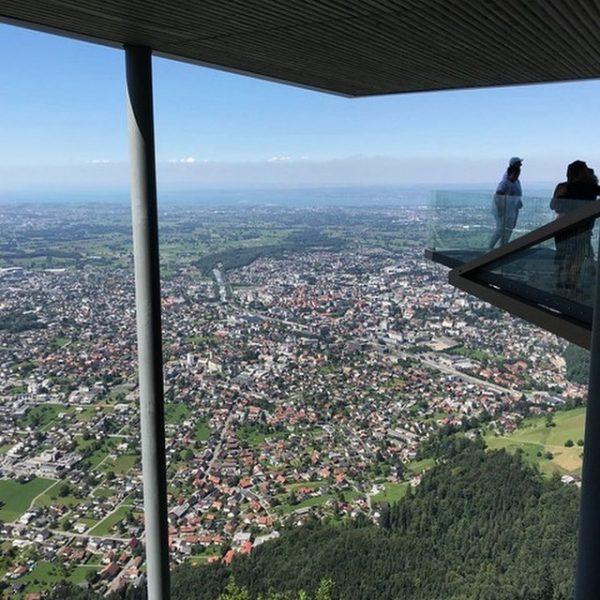 Manche Dinge scheinen von oben winzig klein. #dornbirn #vorarlberg #rheintal #autriche #austria #österreich ...