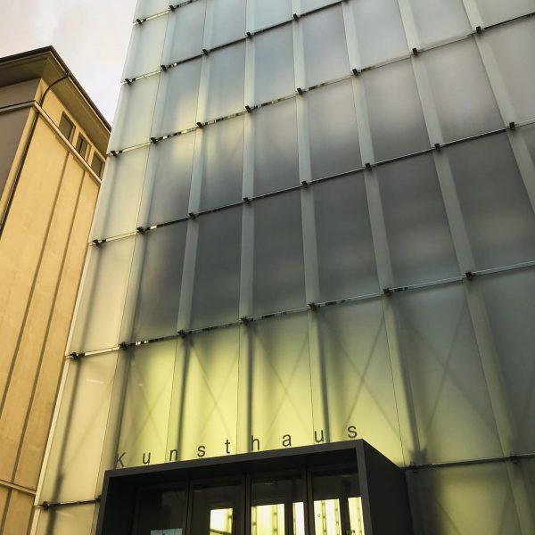 Catching the light! #peterzumthorarchitect #light #glasskin #kunsthausbregenz