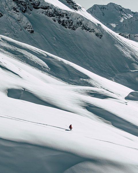 heaven is a halfpipe 🥤 #dreaming #wintervibes #hanging #doingmarketingandstuff #ueberall Lech, Vorarlberg, Austria