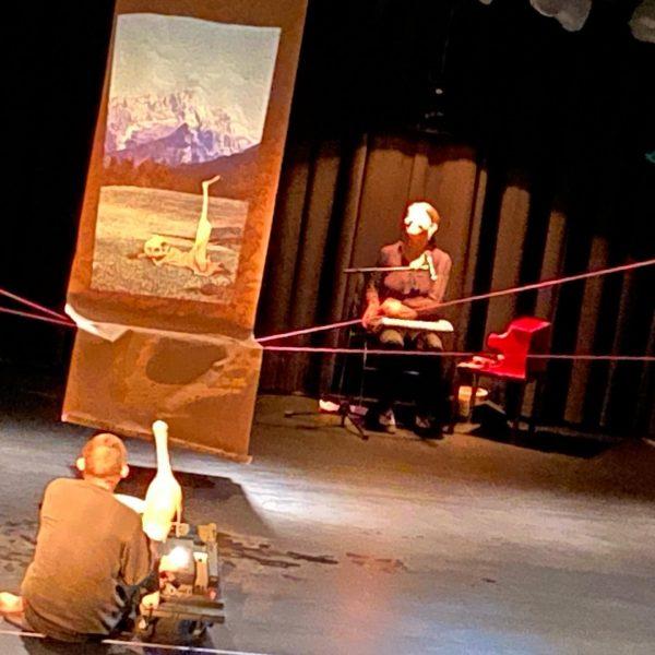 #ente #tod #tulpe #figurentheater #festival #homunculus #hohenems #visitvorarlberg #theatercouturier Homunculus Figurentheater