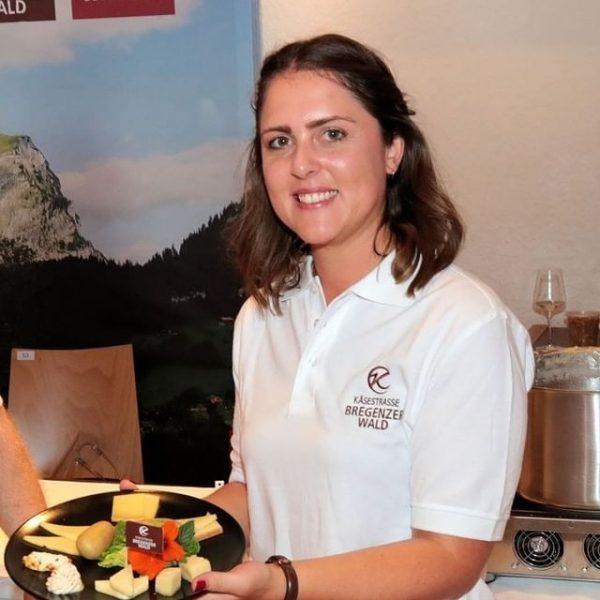 Caroline Jäger ist seit 2016 Teil des Teams der KäseStrasse und schätzt das ...