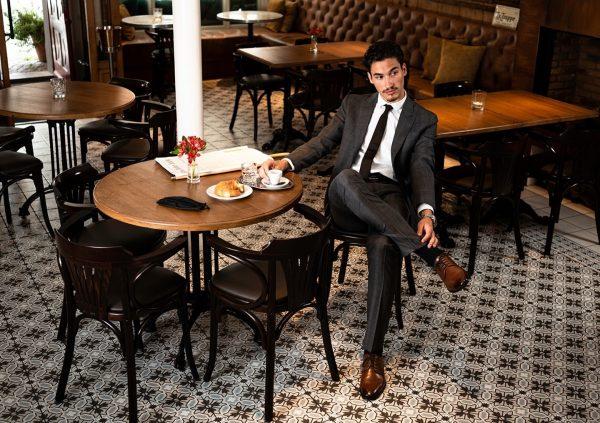 """Sind wir in Paris oder doch in Bregenz? 🥂👨🏼🎨 Das """"Petrus Café Brasserie"""" ..."""