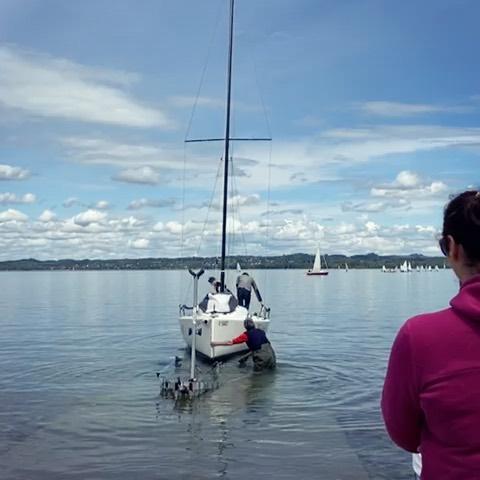 """⛵️🎉Nach langem Warten haben wir gestern das Clubschiff """"Pfänder"""" wieder gewassert. Ab 19.05. starten wir mit den..."""