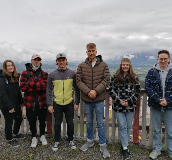 Beim Moving-Kompetenz-Seminar am Viktorsberg beschäftigten sich letzte Woche unsere Lehrlinge im 2. Lehrjahr ...