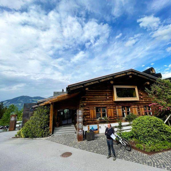 #bilderbuch #chefjosef #campinglife #wiedereröffnungnachcorona #alpencampingnenzing #alpencamping #besteteam #wellnesscamping #restaurantgarfrenga #garfrenga #kulinarik #glamping #haubenküche #pfingsturlaub Alpencamping Nenzing