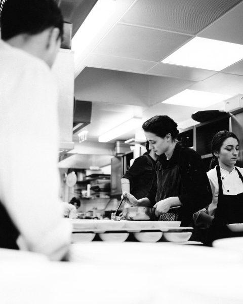 Arbeiten, wo andere Urlaub machen 🌿♥️ Das Rote Wand Gourmet Hotel sucht DICH! ...