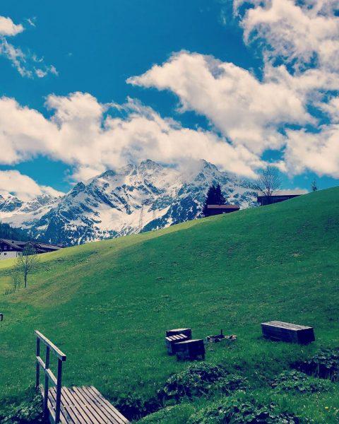 #elferundzwölfer #kleinwalsertal #naturhotel #chesavalisa #naturhotelchesavalisa #nature #bio #alpen #igtravel #igdaily #ig_europe #ig_worldclub Das ...