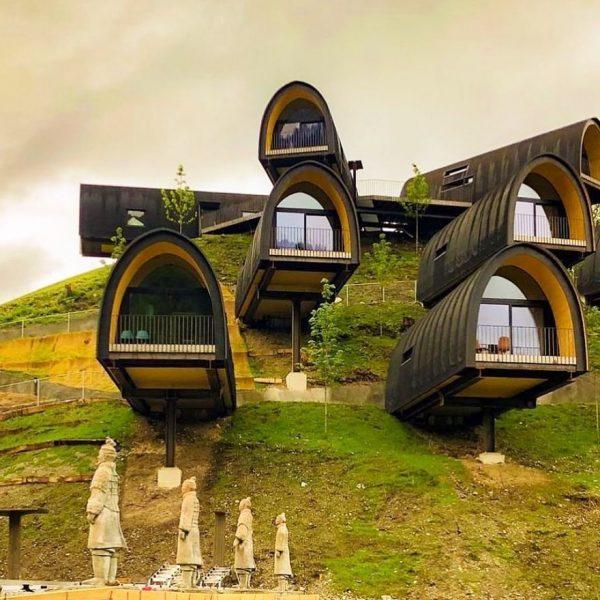 Repost @bookofcabins @alpencampingnenzing #Nenzing, Austria by @hammerer_architekten #BookOfCabins #PrefabNsmallhomes #Prefapedia #CompactLiving #FABprefab #CabinsMagazine #RVpedia #AffordableHousing #cabinlife #cabininthewoods...