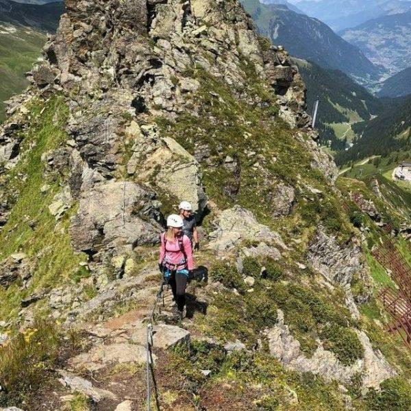 ⟢ Alpenrose AKTIV ⟢ Du hast Lust auf Abenteuer und Ausblick? 🧗🏻♂️ Das ...
