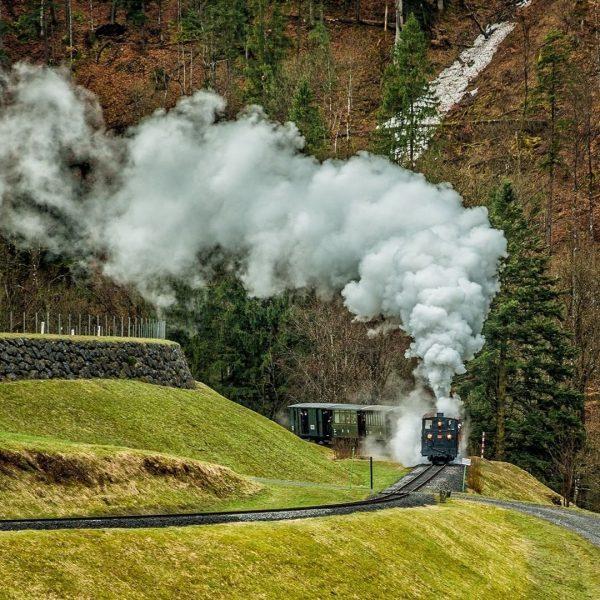 Saisonstart beim Wälderbähnle Bezau Es geht bald wieder los und die ersten Züge ...