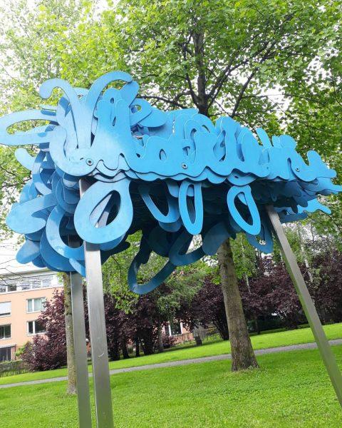 Namenloses Kunstwerk bei der Inatura Dornbirn Macht man Rast im schönen Park bei ...