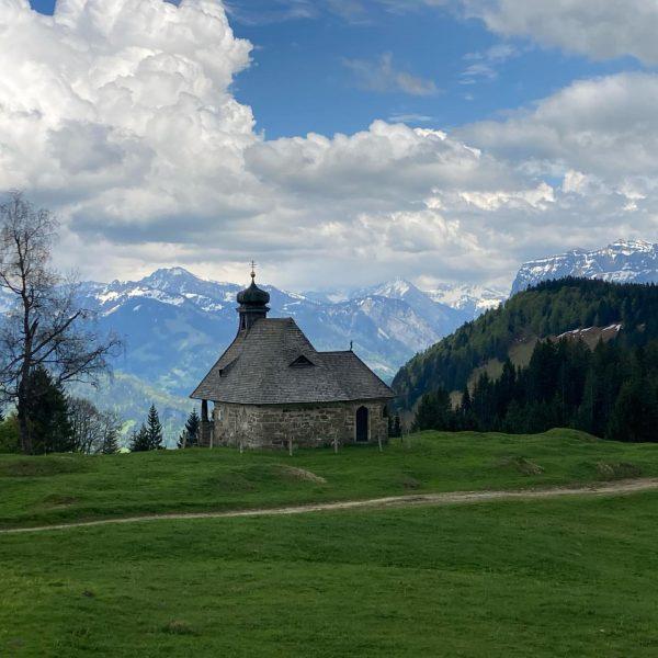Heute fand unsere Kapellenwanderung im Rahmen der Bödele Ausstellungen statt. Danke dem Chronisten ...