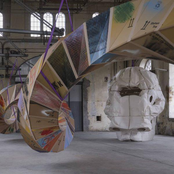 Elefantenschädel, Klonkrieger oder doch Zyklop? SKULL #6 von Peter Sandbichler im Kunstraum Dornbirn ...