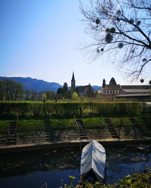 Bregenz Blick zur Mehrerauer Kirche. #mehrerau #bregenz #vorarlberg #westaustria #visitbregenz #visitvorarlberg #bodensee #lakeofconstance ...