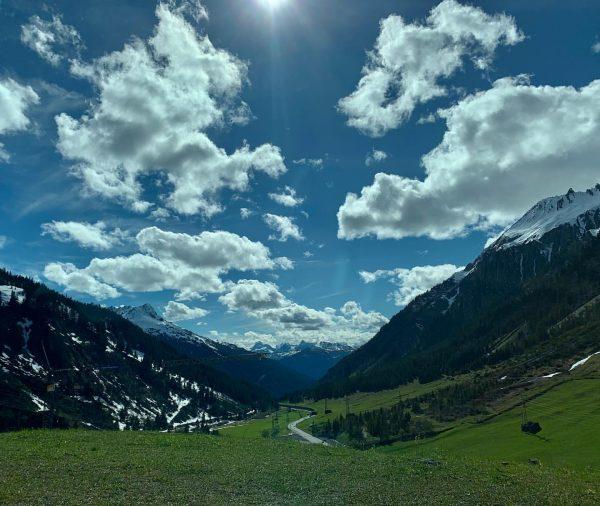 Das Arlberggebiet ist zu Recht weltberühmt als eines der schönsten Wintersportgebiete – und ...