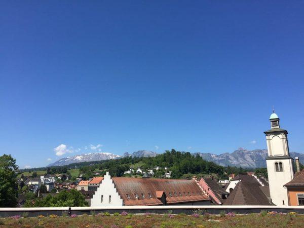 Sommer, Sonne, Sonnenschein - unsere Dachterrasse mit Blick über Feldkirch ist ready. Wir freuen uns auf Ihre...