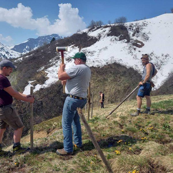 FRÜHLINGSFEIERTAGE . . . ... sind die besten Tage, um in den Bergen ...