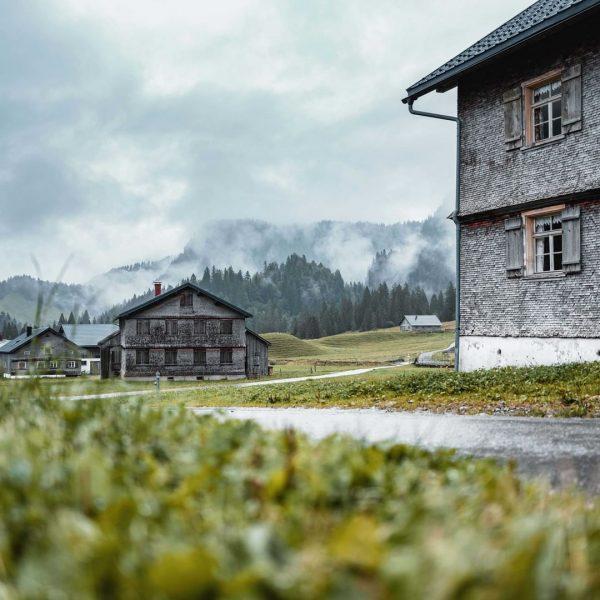Auch an trüben Tagen schön. 📸 Ian Ehm || friendship.is #landschaft #landscape #natur ...
