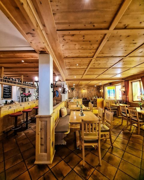 Take a seat and enjoy the traditional ambience of Austria. #austria #lecherstube #lechzuers ...