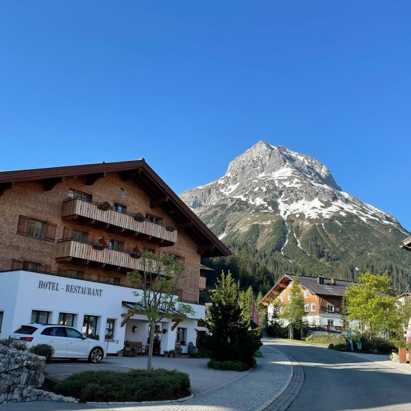 Good morning Lech! We are looking forward to a warm sunny weekend ☀️. ...