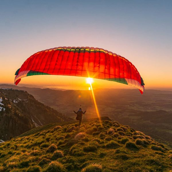 Sometimes happiness is only two steps away... #paragliding #hikemore #fly #goldenhour #adventure #outdoor ...
