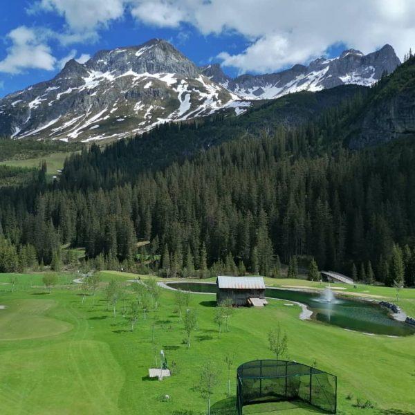 Golf❤️ #norrøna #lech #golfclublech #gclech #passion #photography #photooftheday #picoftheday #instagram #fbf #love #nature ...