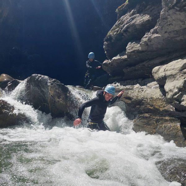 Canyoning bei schönstem Wetter und tollen Bedingungen 🤩 #canyoning #vorarlberg #dornbirn #wirliebenwaswirtun #sonne ...