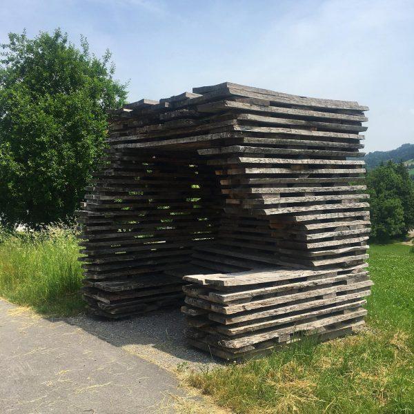 #busstop #krumbach #ensamblestudio #dietrichuntertrifaller #architecture #architekturfotografie #architecturephotography #architekturvorarlberg #bregenzerwald #vorarlberg #austria Krumbach, Vorarlberg