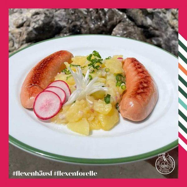 Die Flexenforelle (wie auf dem Bild, eine gebratene Knacker mit hausgemachtem Kartoffelsalat) erlebt ein Comeback !! Es...