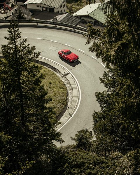 Wishing all drivers best of luck for today's stage of the Arlberg Classic ...
