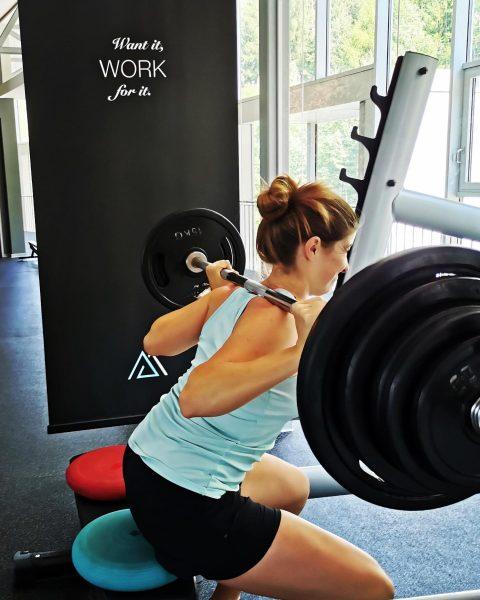"""Want it, work for it"" - Ok, auf geht's 💪🏼🏋🏻♀️🥵 Kondikurs mit @ski_austria_alpin_damen ..."