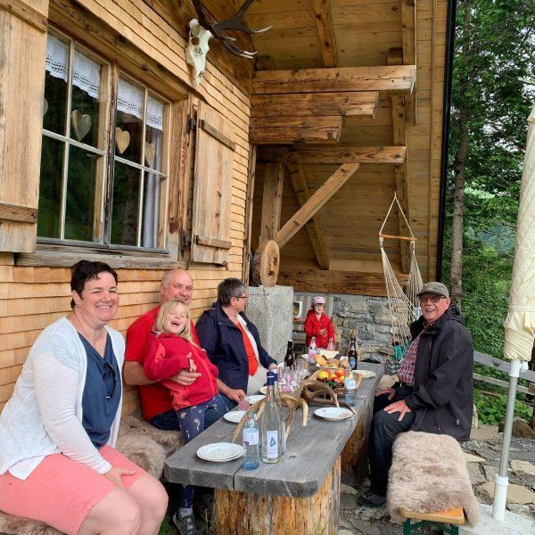 Familienfreundliche Wanderung zur Jagdhütte mit regionaler Jause. #alpenhotelpost #wanderlust #vacation #mountains #hiking #restaurant ...