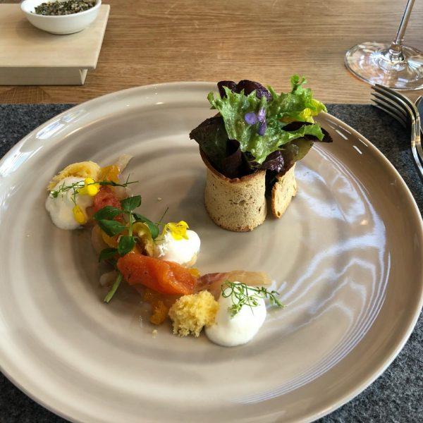 #ernele #saturdayafternoon #loveit #schiffhittisau #foodporn #deliciousfood #greatservice #goodwine #greatcompany #longweeekendvibes #felixgroß #awesomehosts Hittisau