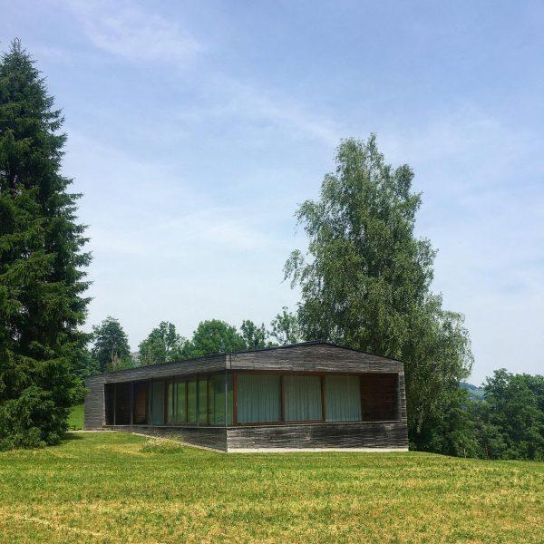 #haussalgenreute #ferienhaus #holidayhome #salgenreute #krumbach #bernardobader #architecture #architekturfotografie #architecturephotography #architekturvorarlberg #bregenzerwald #vorarlberg #austria ...
