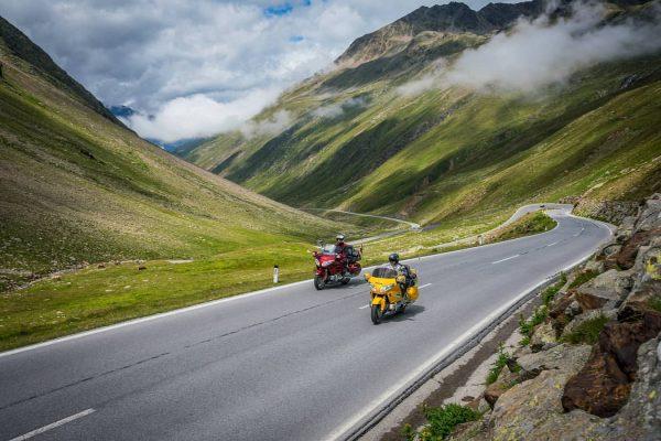 Die einzigartige Bergwelt rund um Stuben bietet Bikern traumhafte Landschaften, Bergpässe mit atemberaubenden ...