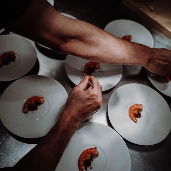 // what a night, danke @rotewandgourmet @rotewand_chefstable #lech #lechzuers #arlberg #zürs #mylechzuers #bestofthealps #moretimemorespace #visitaustria #privateluxurymoments @lechzuers...