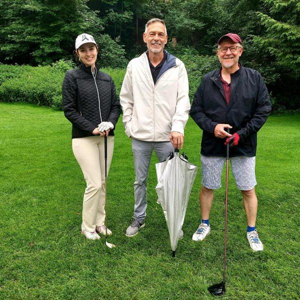 Auch bei Regen macht Golf Spaß - denn wie heißt es so schön. ...
