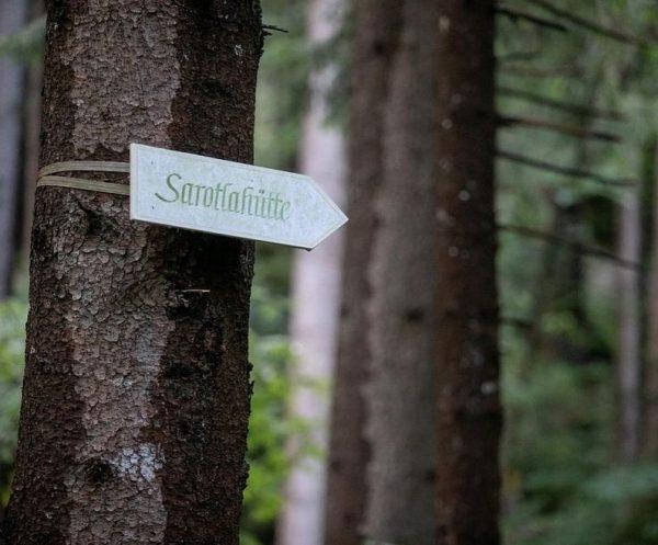 Mögliche Zustiege & Gehzeiten zu unserer @sarotlahuette 👉🏻 Brand (1.038 m) 2h 30min ...