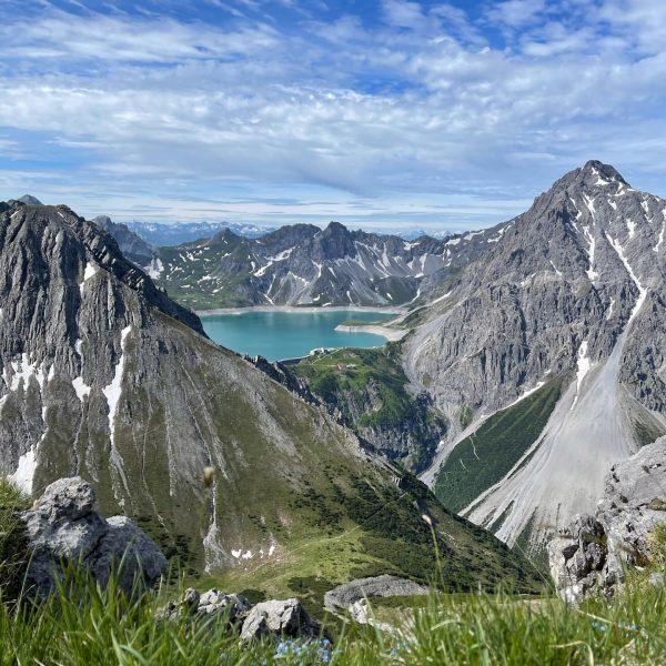 Hiking-time 🙃 . . . . . #saulakopf #brandnertal #lünersee #douglashütte #hiking #vorarlberg ...